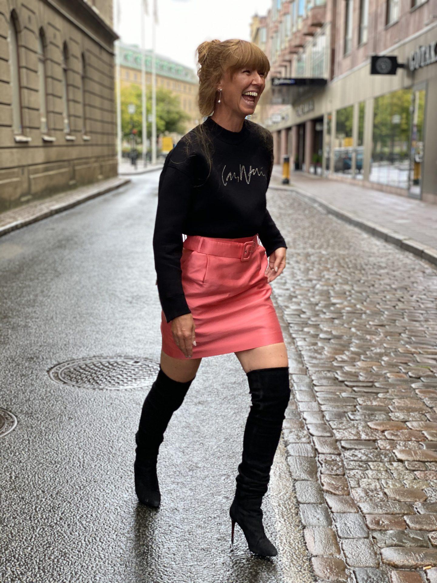 Klädd i Lars Wallin – Frida Zetterström